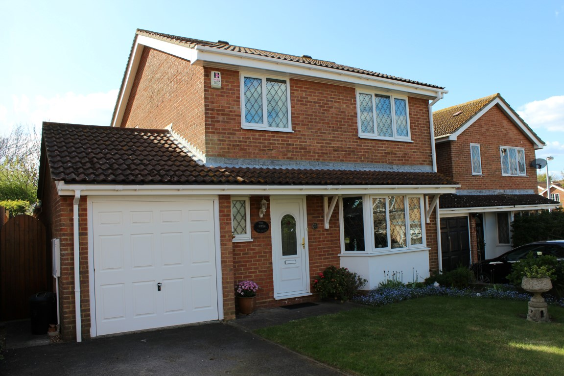 Image of the outside of a house bungalow in Peacehaven | Open House Estate Agents Peacehaven